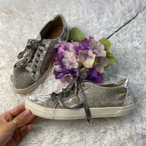 Dolce Vita Anthro Gina Crushed Velvet Sneakers